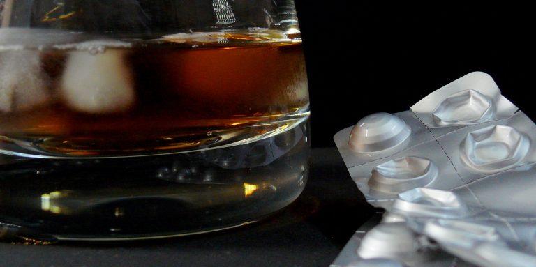 alcohol en geneesmiddelen